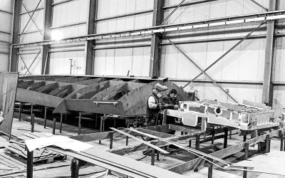 Construction has started on the hull and superstructure of the DOGE 400 GT
